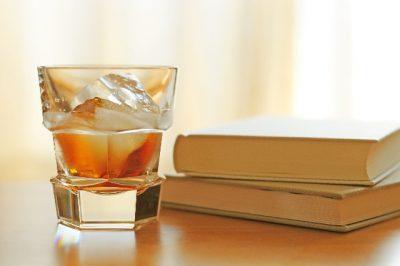 蒸留所の有る場所を意識して飲む~シングルモルトを知るためにおすすめな書籍